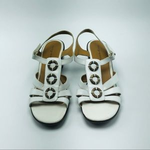 Easy Spirit Orchid White Sandals Size 6.5